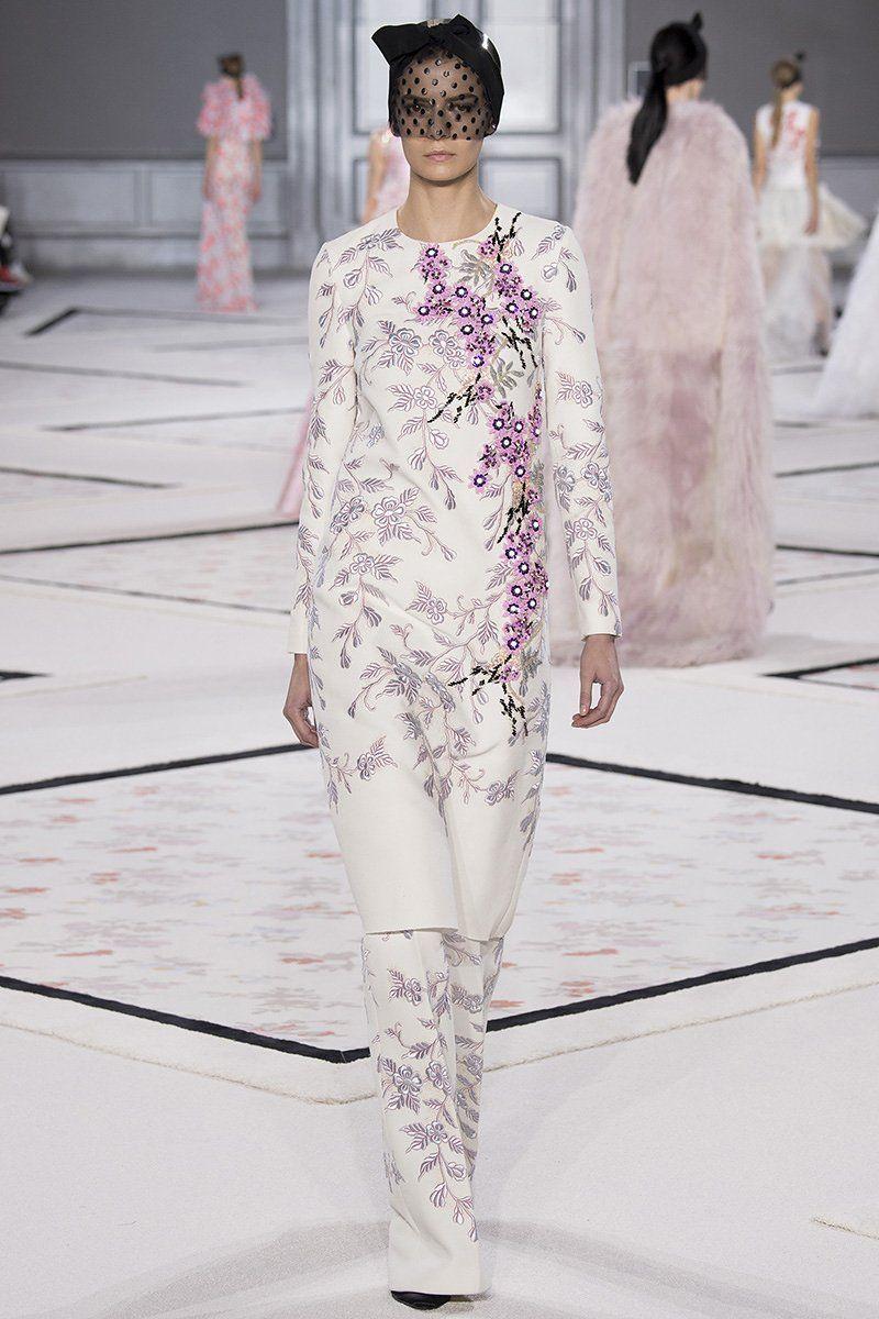 giambattista-vali-couture-spring2015-runway-39