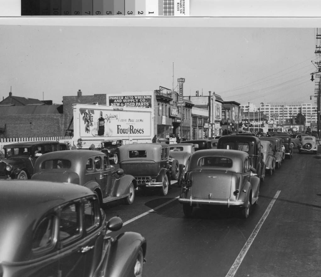 E 12th St Near 22nd Ave Montgomery Ward In The Distance 1935 San Leandro Oakland Oakland California