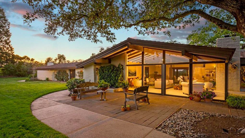 Built For Sunset Magazine Publisher This Portola Valley Ranch Is