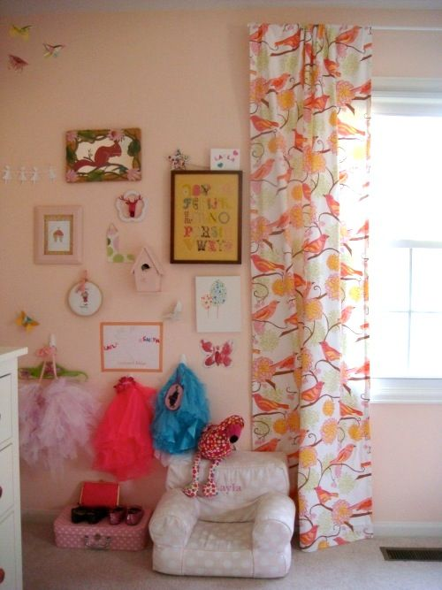 Kendra Damiecki S Home Love This Warm Pink Paint Color Swirl By Benjamin Moore And Eclectic Gallery Wall