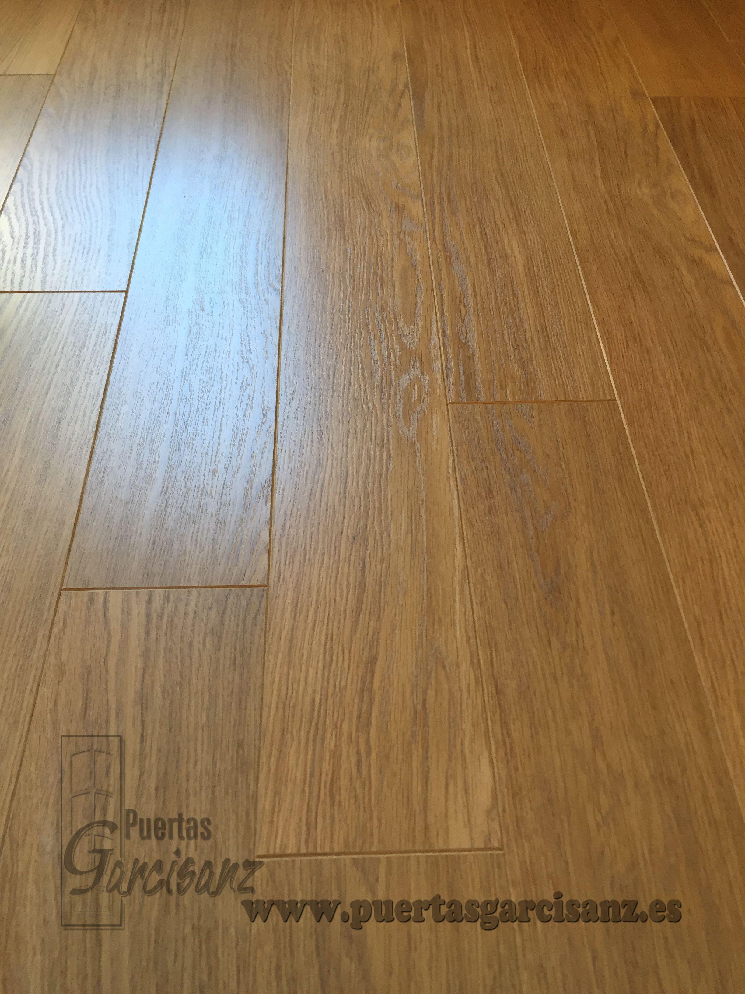 Suelo Laminado Quickstep Perspective Uf 896 Roble Barnizado  ~ Leroy Merlin Suelos Porcelanicos