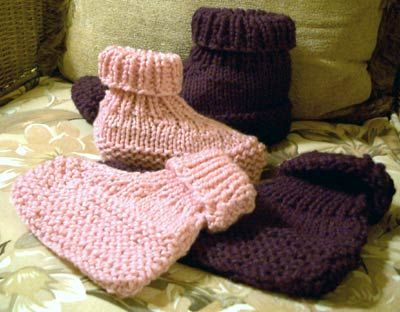 Knitted Slipper Patterns for Adults | ... knit slippers use short ...