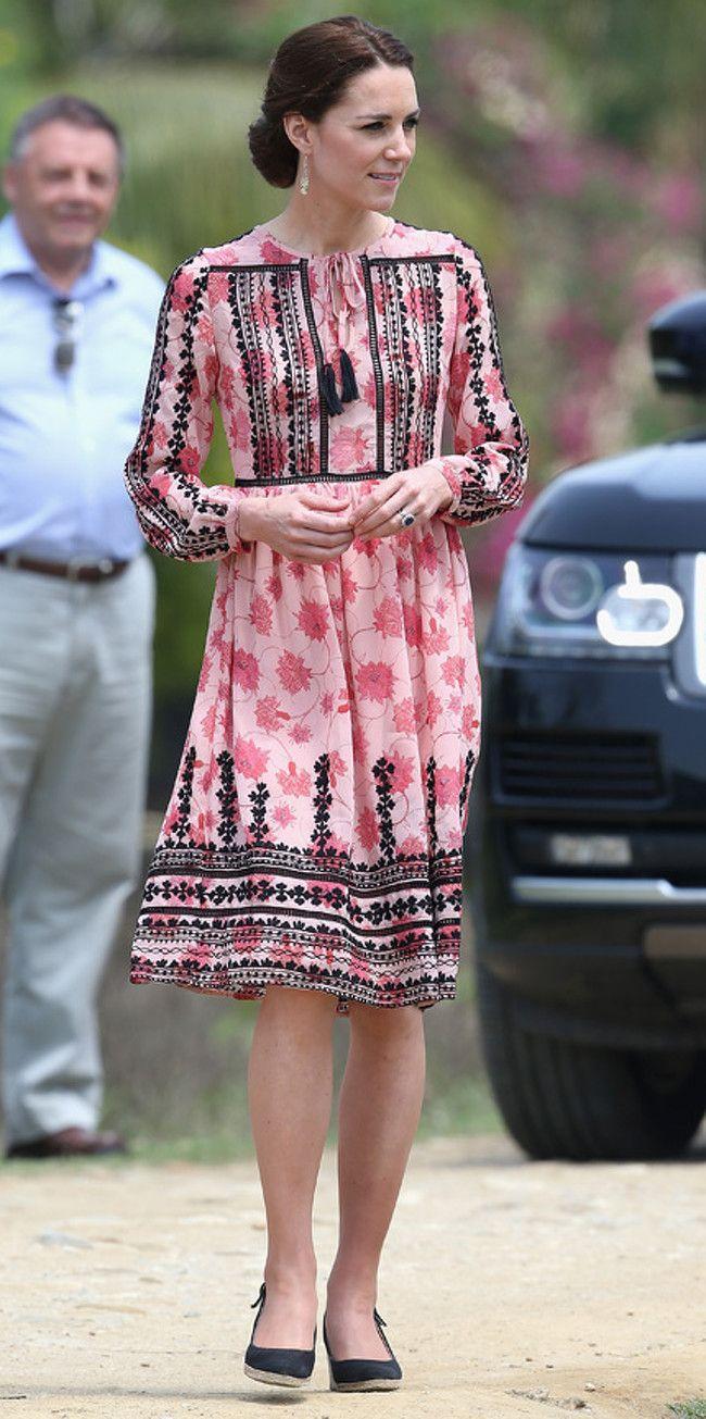 Kate Middleton llena su maleta de prendas low-cost en su viaje a la ...