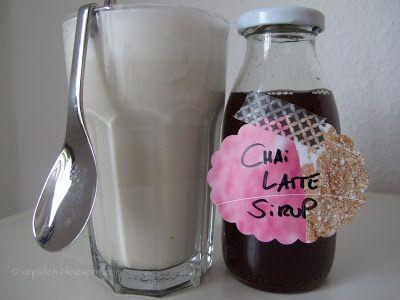 Werkeltagebuch: Chai Latte (Sirup), Erdbeermarmelade und Sahne-Frischkäse-Torte mit Kirschen