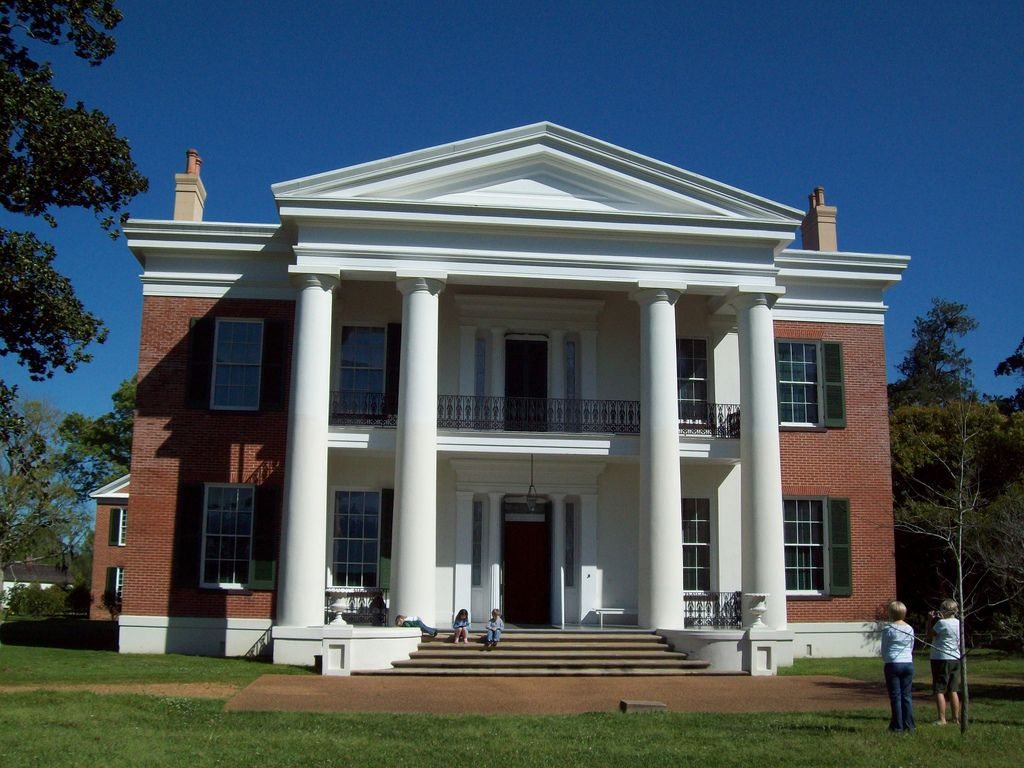 Melrose plantation in natchez mississippi today natchez for Home builders in south ms