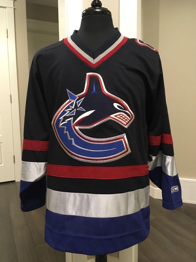 4267eb07b Vintage Vancouver Canucks CCM Hockey Jersey Nhl Size S Signed Unknown  Player