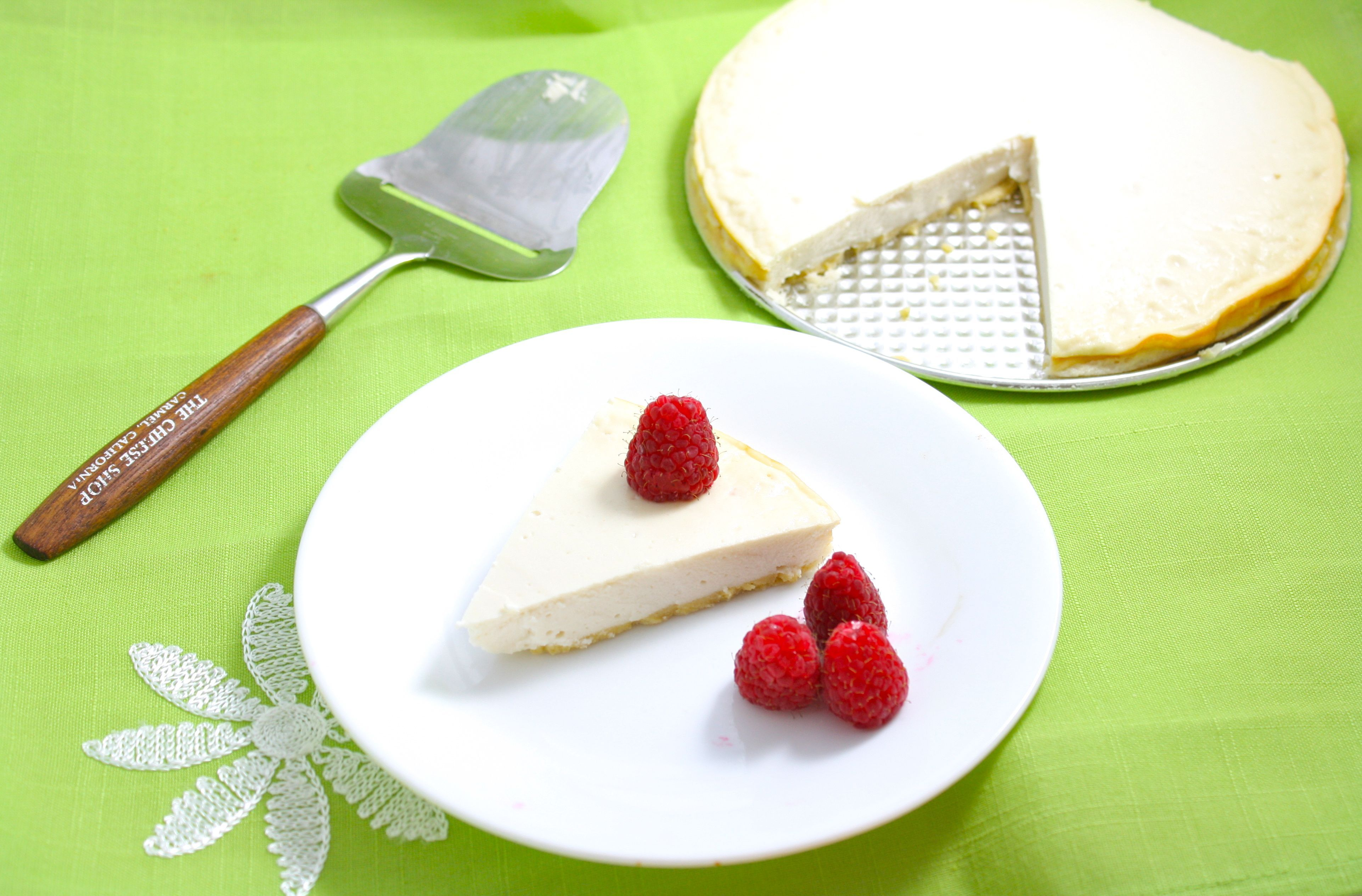 World's Healthiest Cheesecake (Gluten Free, Grain Free, Low Carb, Sugar Free, Vegan Option) Only 64 calories a slice!