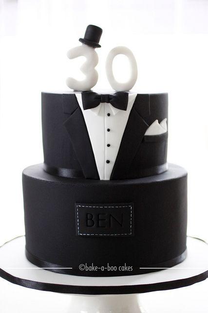 Black Tuxedo Cake Con Immagini Torte Di Compleanno Ragazza