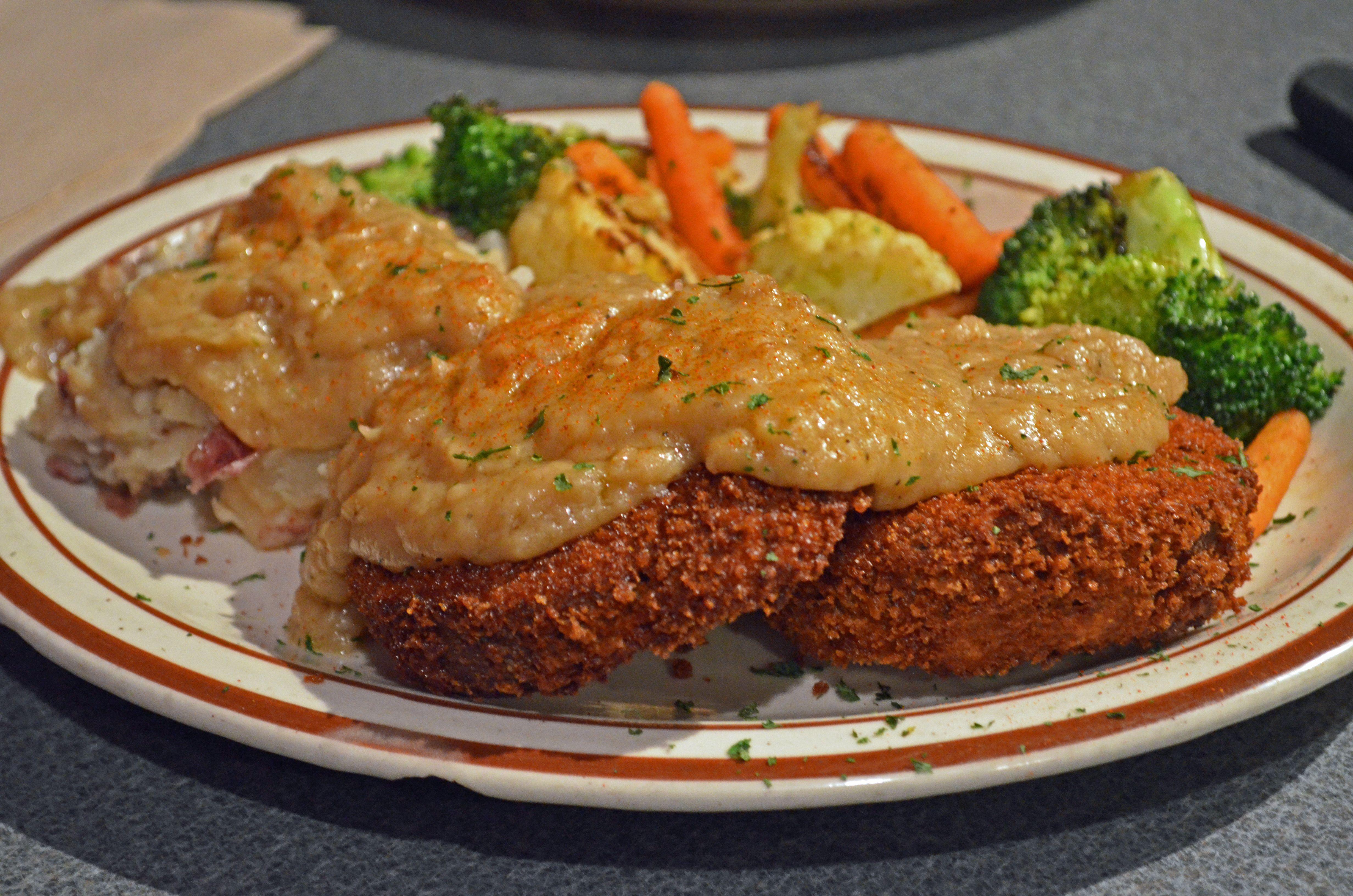 Chicken Fried Steak At Wayward Vegan Cafe In Seattle Vegan Cafe Seafood Restaurant Food