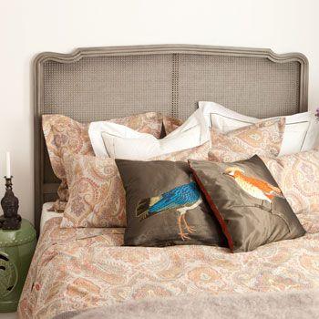 zara bettw sche mit buntem paisleymuster zara home linen bedroom bed linen bedding. Black Bedroom Furniture Sets. Home Design Ideas