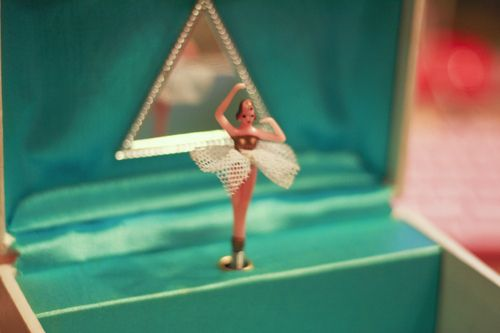 jewelry box with spinning ballerina 3 childhood memories
