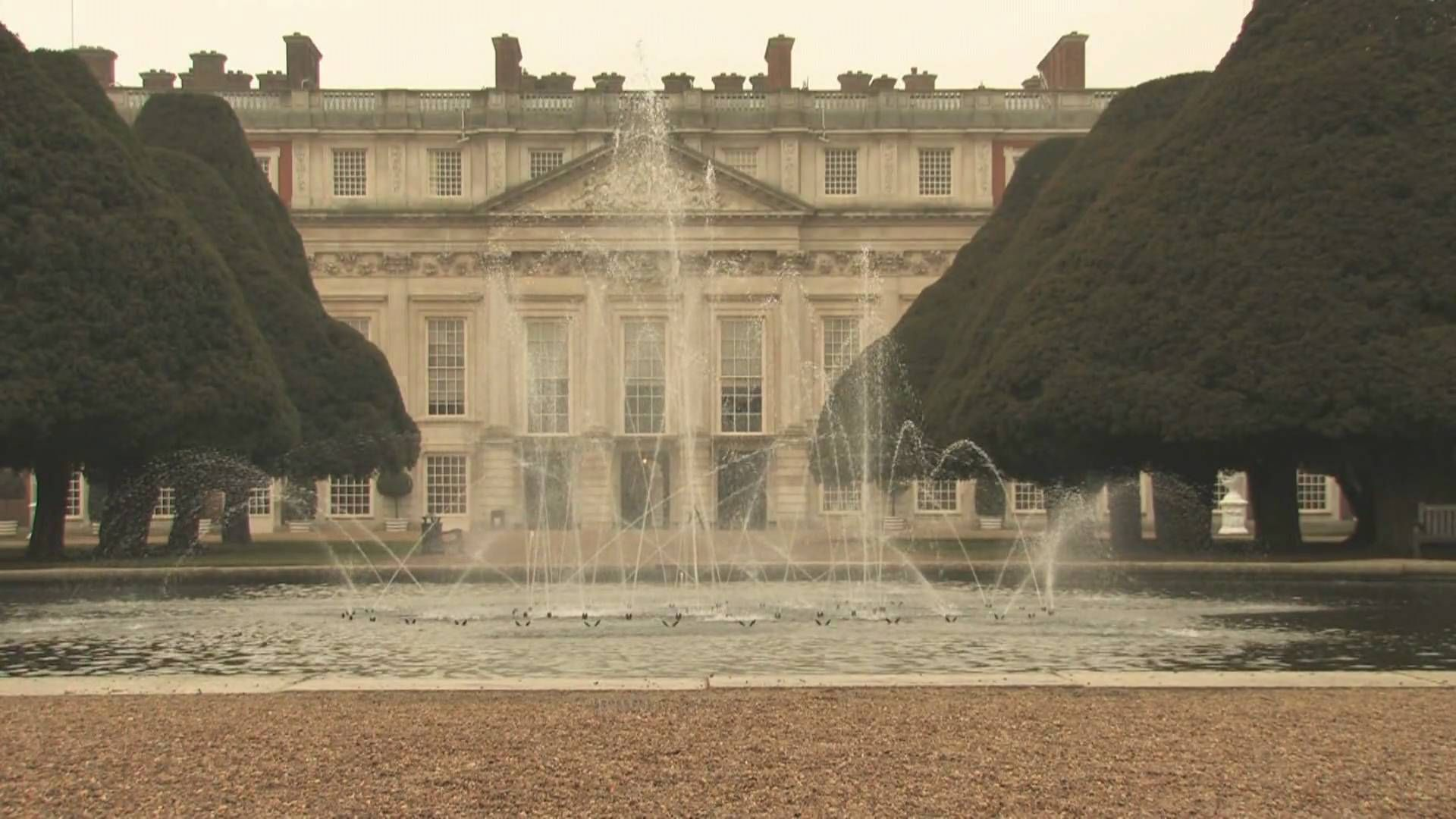 Hampton Court Palace & Gardens (+playlist) | CASTLES & SUCH ABODES ...