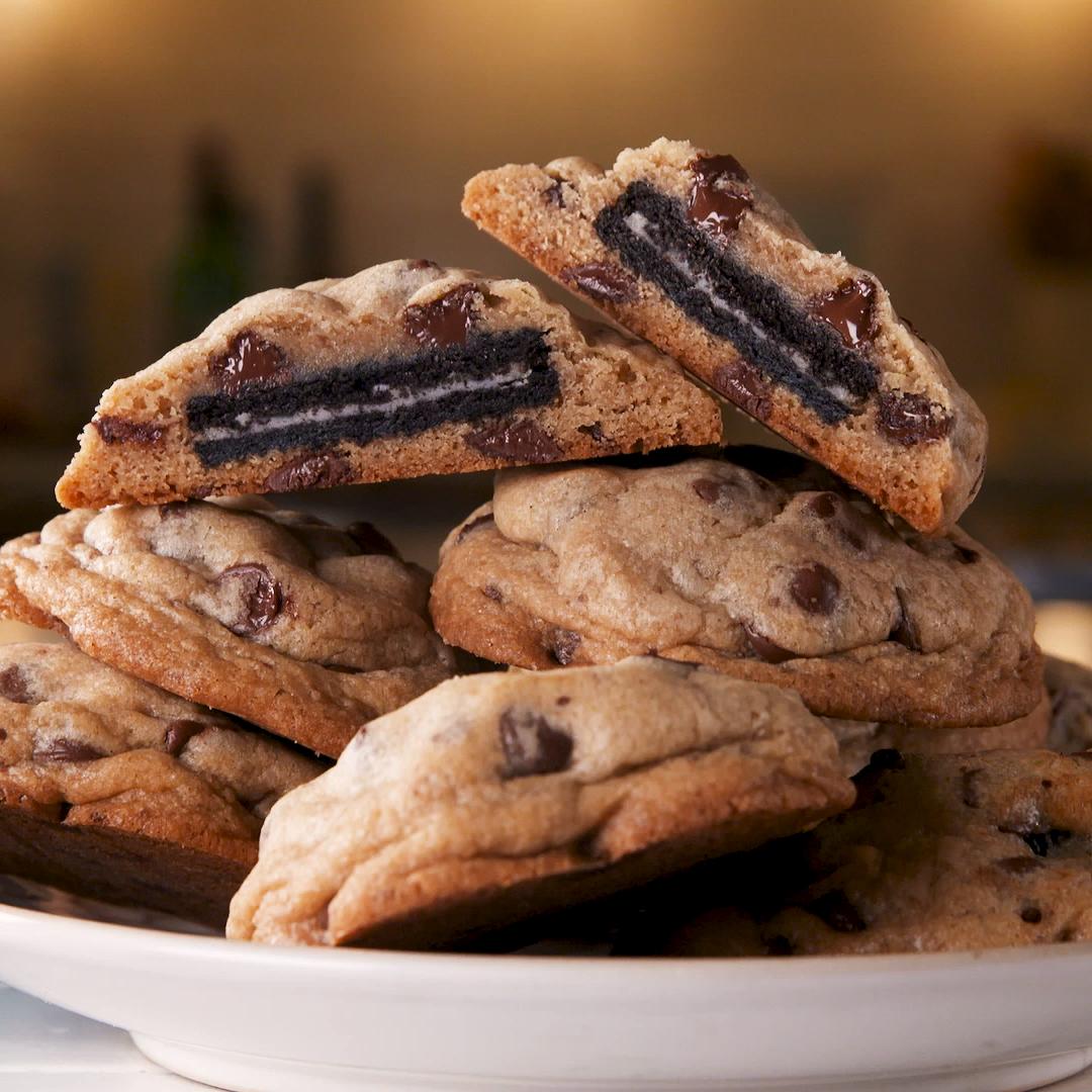 Photo of Oreo Stuffed Chocolate Chip Cookies