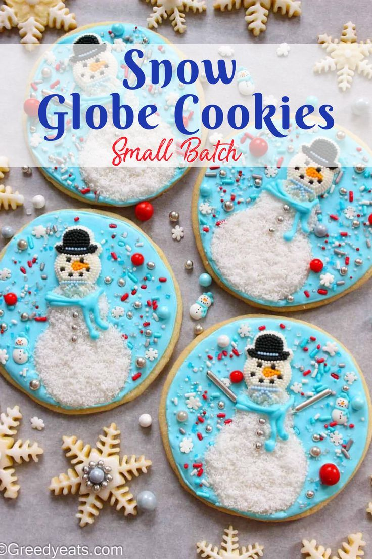 Not only these are unique Christmas Cookies, but are a must bake  whenever it snows!!! Who says you need a Snow Globe cookie Cutter to  make Snow Globe Sugar Cookies! 😉Cut that Cookie dough in to circles and  you are good to go. How incredible  does that sound! The decoration literally takes 15 minutes as this is a  small batch cookie recipe! | Greedy Eats @greedyeats #sugarcookies #sugarcookierecipes #snowglobesugarcookies #bestsugarcookies #easysugarcookies #smallbatchsugarcookies