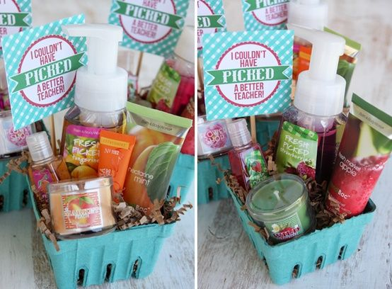 Berry Fruit Gift Baskets: Great For Mothers Day, Teachers, Friends, Daughters, Etc...You Can Get Similar Items From The Dollar Store If You Don`t Want To Spend A Fortune Because You Have Several To Make...There Is Also A Link For These Printable Labels...Click On Picture For Instructions...
