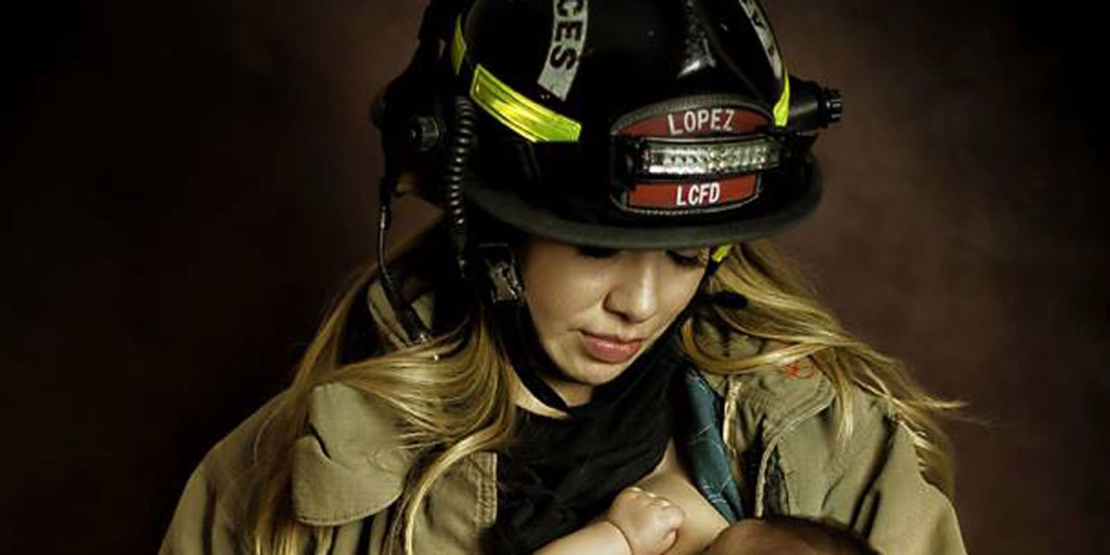 A Firefighter Is in Trouble Because of His Wifes Breastfeeding Photo