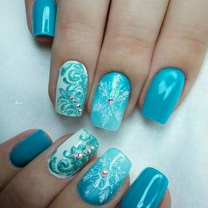 18 Ice Blue Nails - Beautiful