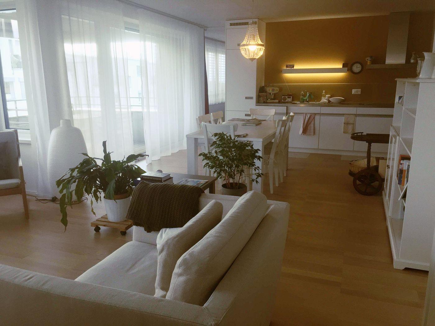 Gemutliche 2 5 Zimmerwohnung In Zurich Flatfox Ch 6183 Wohnung Wohnung Mieten Zimmer