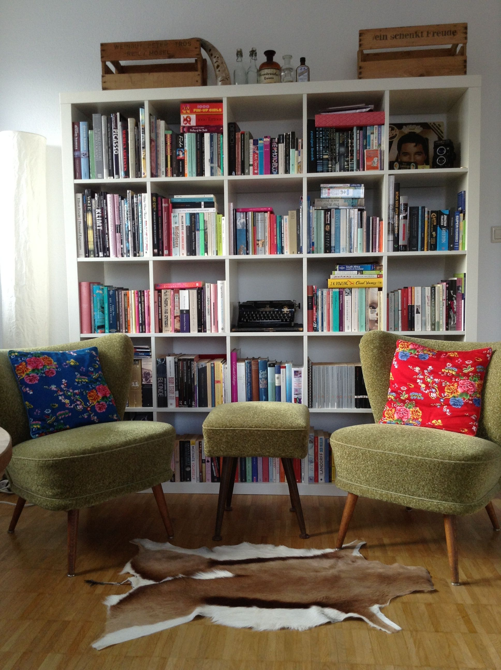My Beloved Little Library In My Retro Home Library Pinterest  # Muebles Hilton Capital Federal