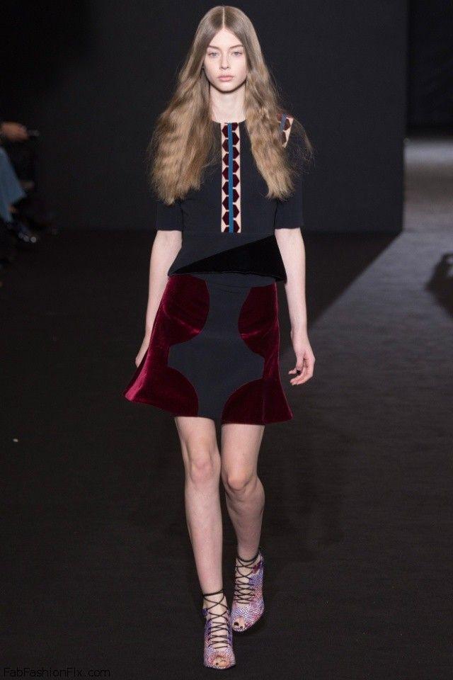 Roland Mouret fall/winter 2016 collection – Paris fashion week. #pfw #rolandmouret