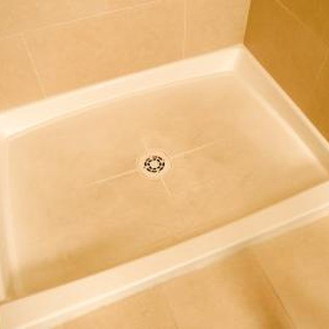 How To Get A Brown Stain Out Of A Shower Floor Fiberglass Shower Fiberglass Shower Pan Shower Floor