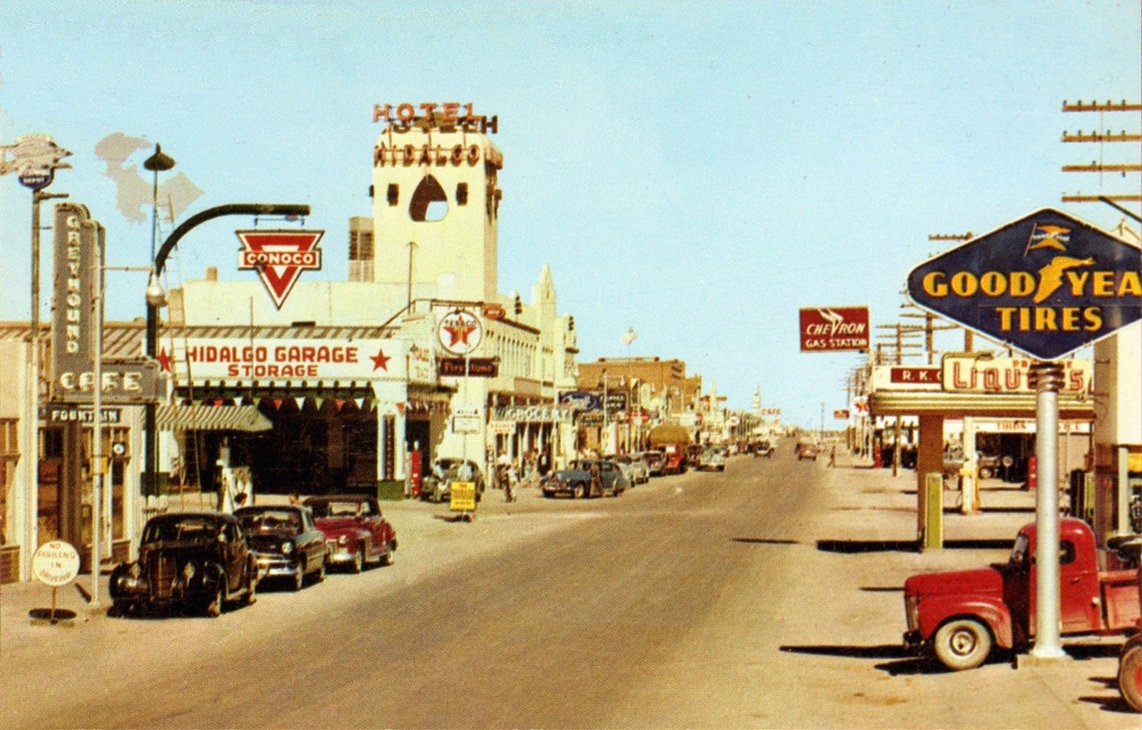 This 1950s Postcard View Shows A Reasonably Bustling Scene