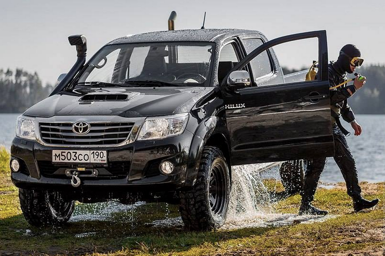hilux toyota off road pinterest toyota toyota hilux and 4x4. Black Bedroom Furniture Sets. Home Design Ideas