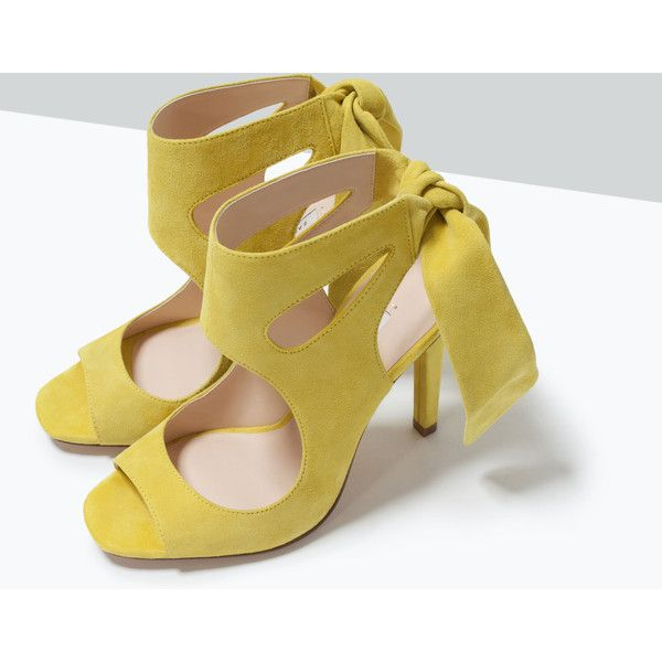 Zara Leather High Heeled Sandals With Bow (155 RON) ❤ liked on Polyvore featuring shoes, sandals, real leather shoes, leather shoes, zara footwear, zara sandals and bow sandals