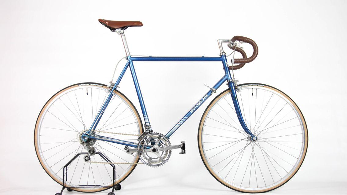 Motobecane 2040 Sachs Huret Mid 80s Vintage Road Bike Velo