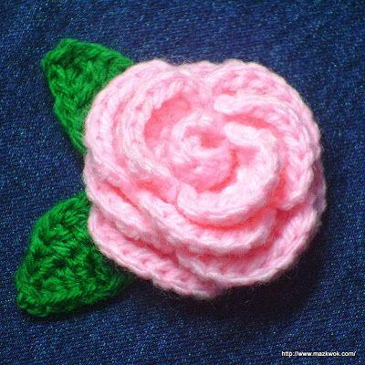 Bloeiende roos - gratis haakpatroon