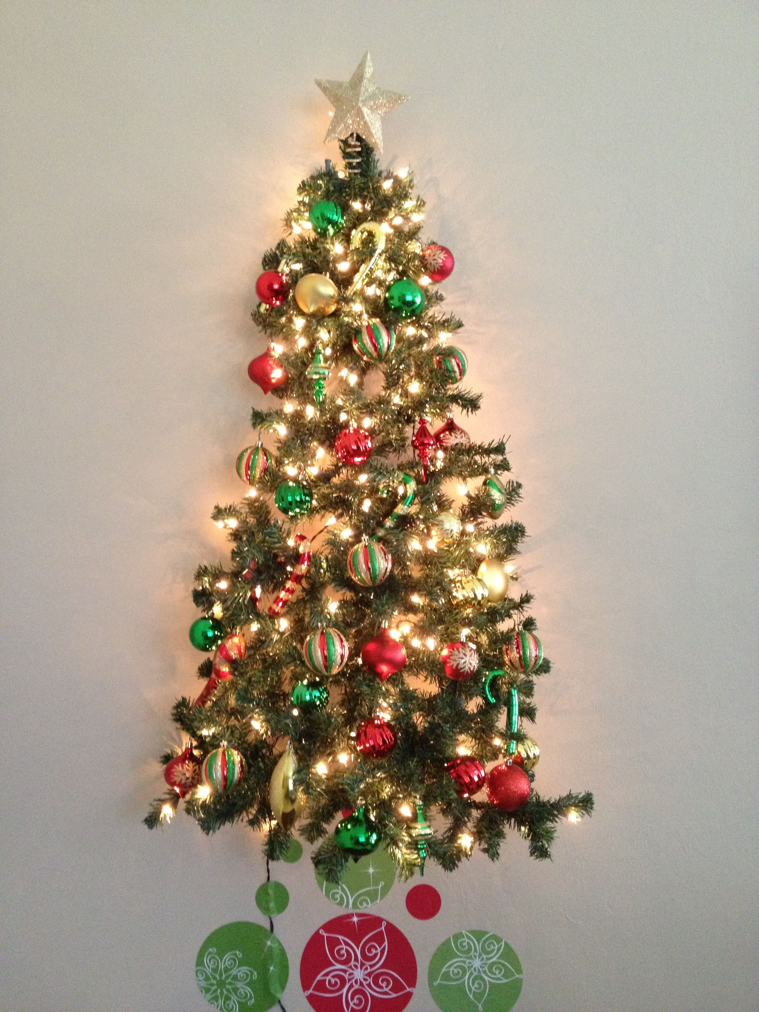 Toddler and or cat proof Christmas tree ! | Christmas crafts decorations, Cat proof christmas ...
