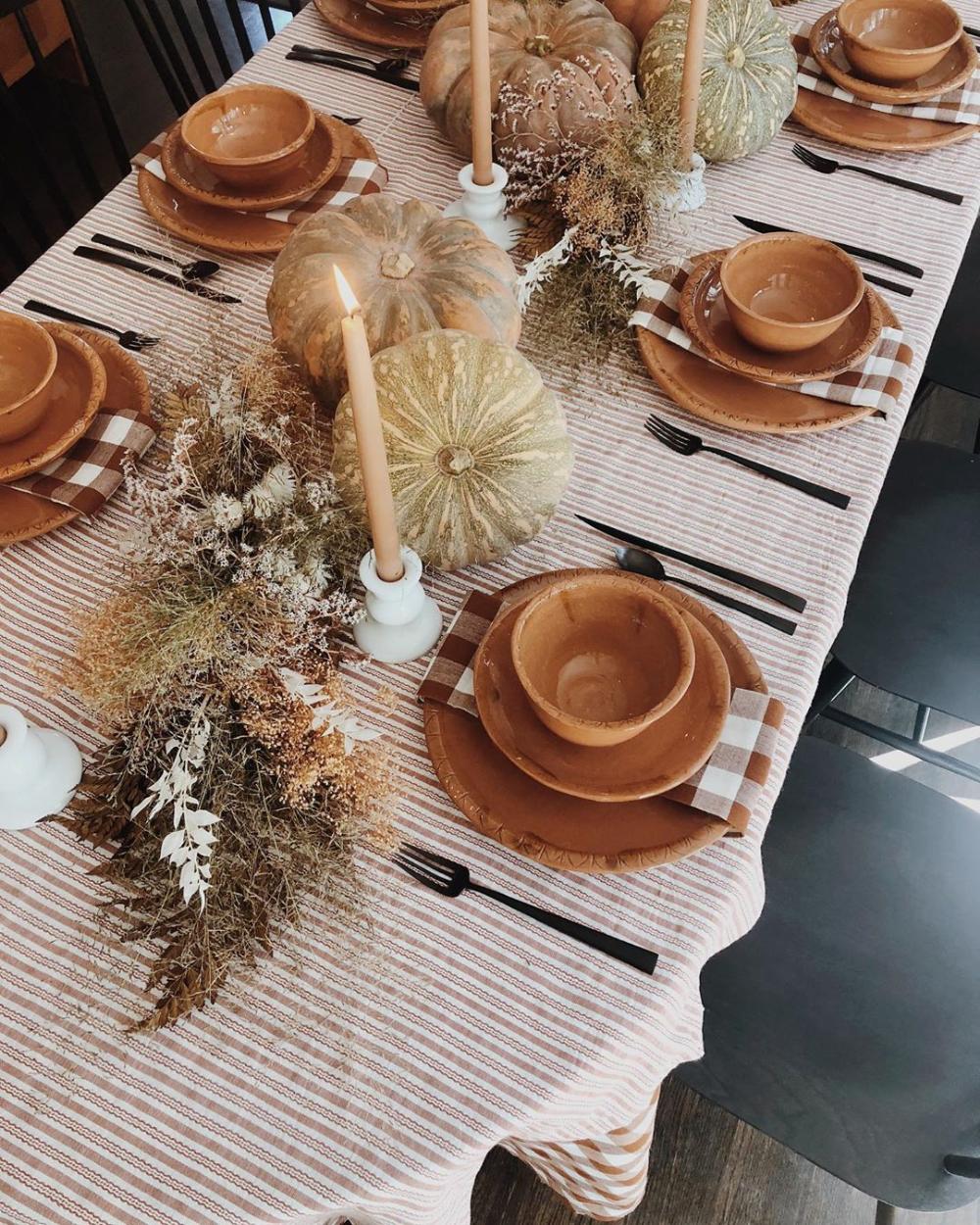 Instagram Festival bride, Getting cozy, Party decorations