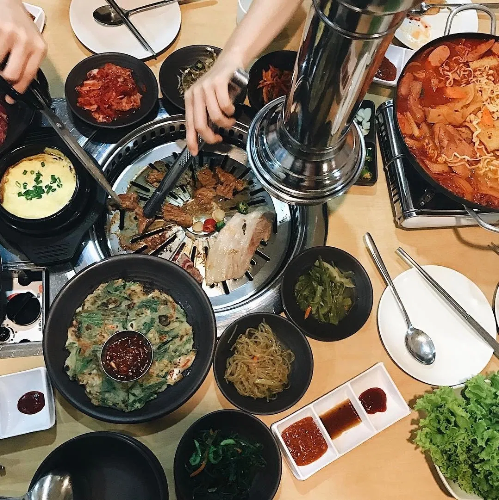 14 Cheap Kbbq Buffets In Singapore From 12 Person Bulgogi Beef Korean Bbq Buffet Spicy Pork