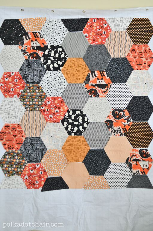 Large Hexagon Quilt Tutorial - The Polka Dot Chair Blog | Hexagon ... : how to make hexagons for quilts - Adamdwight.com