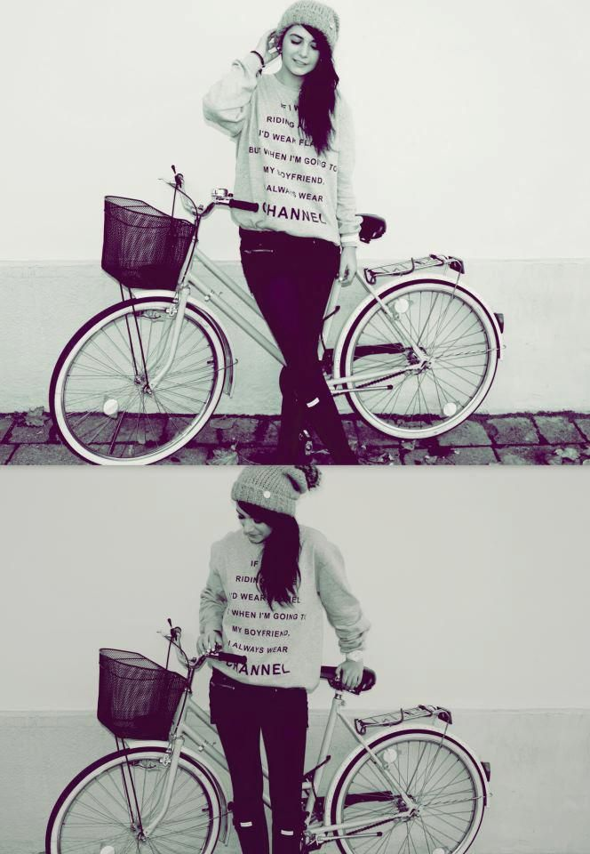 Pozerki Bluza Channel 3043414423 Allegro Pl Wiecej Niz Aukcje Najlepsze Oferty Na Najwiekszej Platformie Handlowej Riding My Boyfriend Bicycle