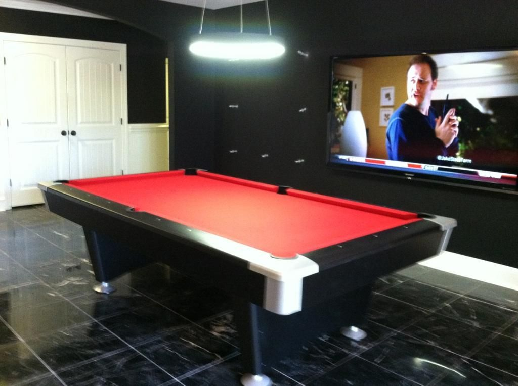 Brunswick Black Wolf Pool Table Red Felt Huge Flatscreen Bar On Other Side By Everything Billiards W Pool Table Pool Table Felt Pool Table Felt Colors