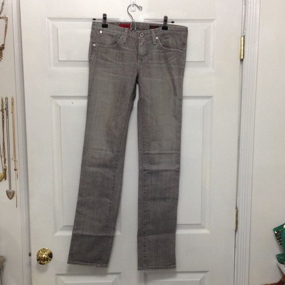 AG straight leg gray stretch jeans sz 28 In good condition light fading at the bottom of the back of the jeans, priced to sell AG Adriano Goldschmied Jeans Straight Leg