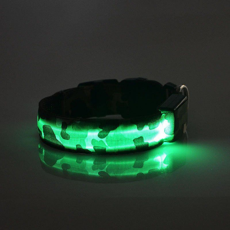 Fancy Camo-style all season LED collar with adjustable flashing for the evening walk. It might not make your dog the king of disco, but it will make it easier for drivers to see where your best friend are when it is dark outside. – DogTrendy