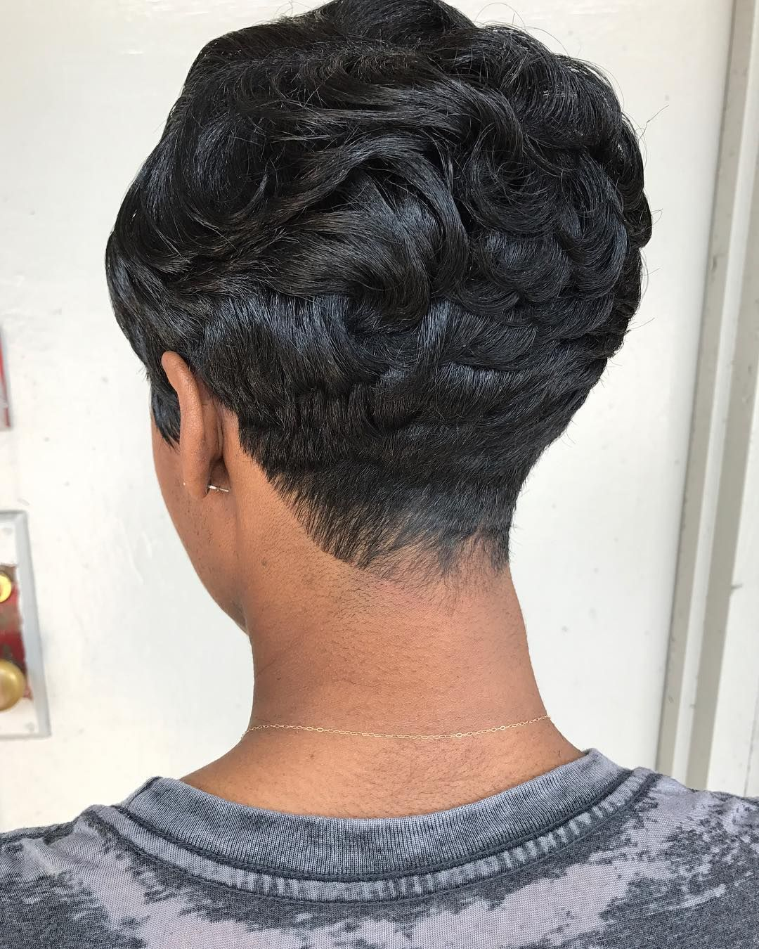 Pin by fafa smith on Idées de coiffures  Pinterest  Hairstylists