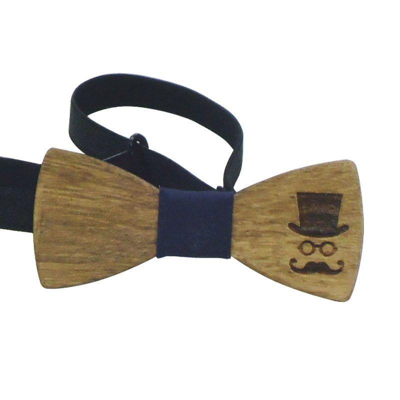 Το Παπιγιόν Ξύλινο Σκαλιστό για αγόρι είναι ένα εντυπωσιακό αξεσουάρ που θα  ολοκληρώνει το ντύσιμο του d0d8ac2bd2c
