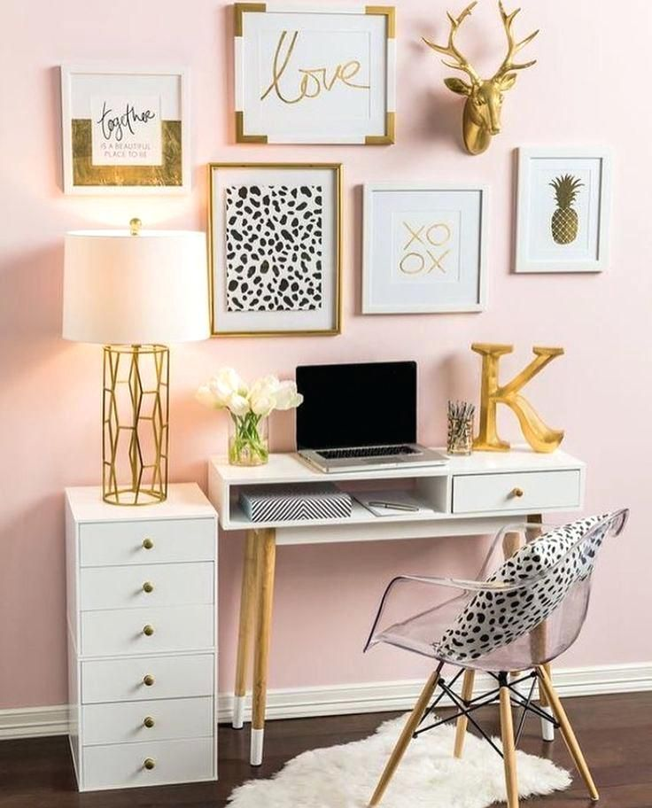 Pink And Black Desk So Neat And Have My Desk Like This Pink Black Desktop Background Ide Dekorasi Kamar Dekorasi Apartemen Ide Kamar Tidur