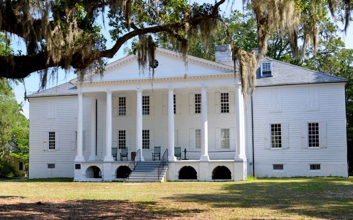 Hampton Plantation is located eight miles north of McClellanville, SC built ca. 1750.