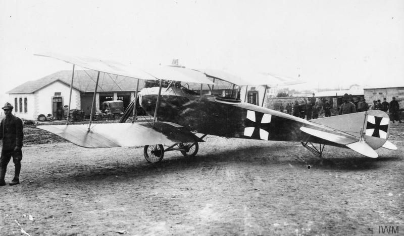 Albatros C.II two-seat reconnaissance biplane. The aircraft was captured on the Italian Front. GERMAN AIRCRAFT OF THE FIRST WORLD WAR