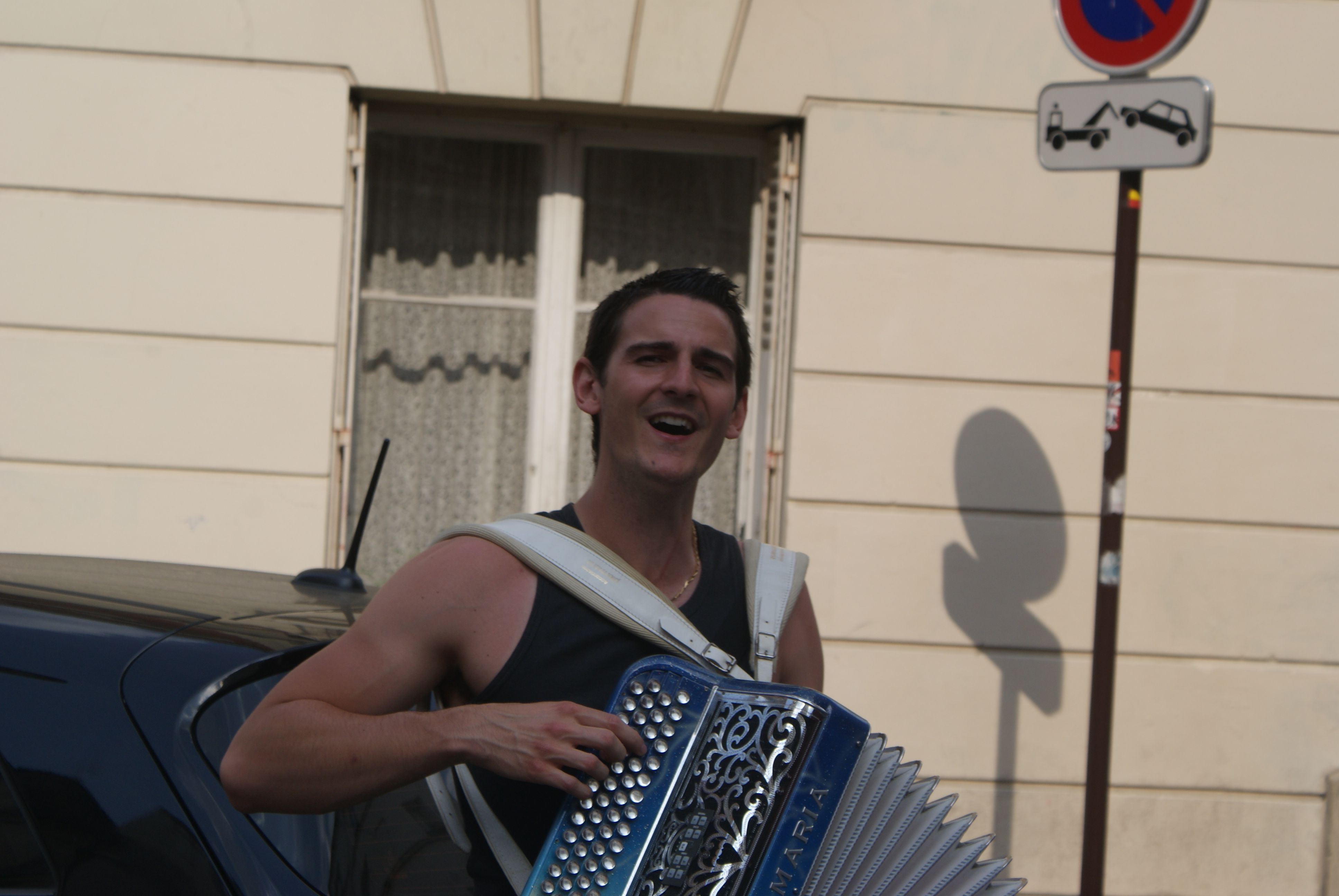 French busking never disappoints (©Jamie Halvorson)