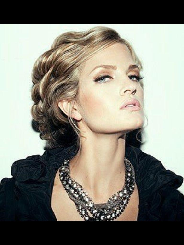 hair and makeup: sarah redzikowski photographer: eric ita #makeup