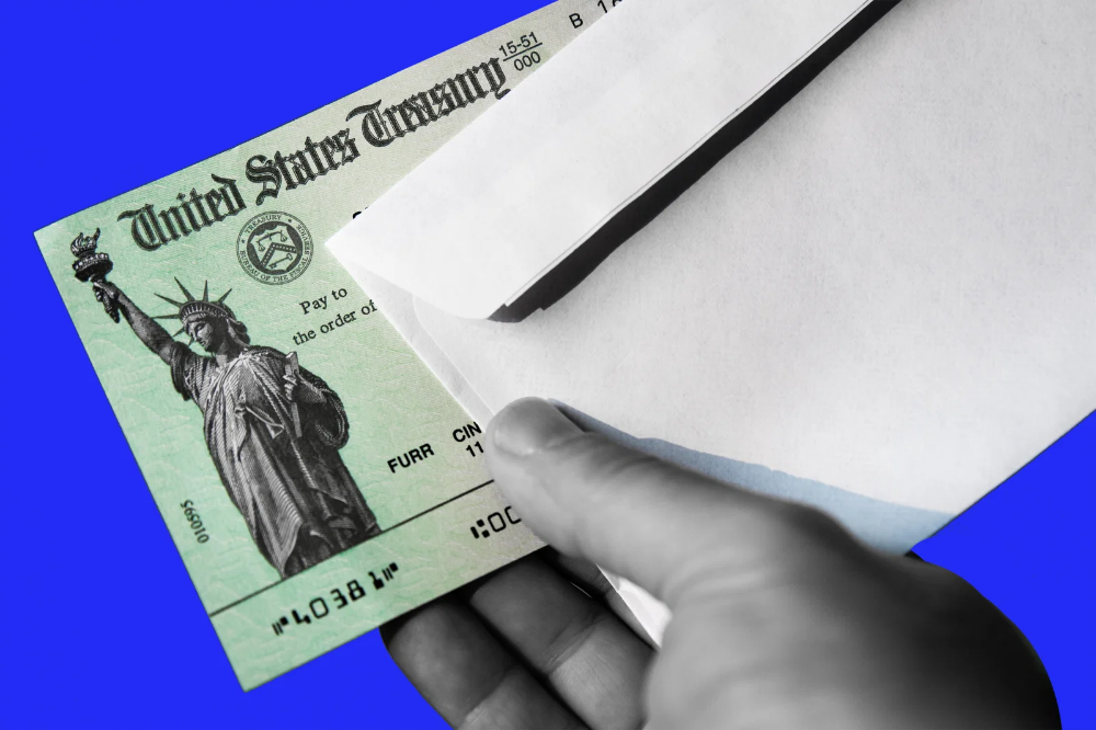 The Irs Wants Some People To Mail Back Their Stimulus Checks In 2020 Balance Transfer Credit Cards Credit Card Transfer Irs