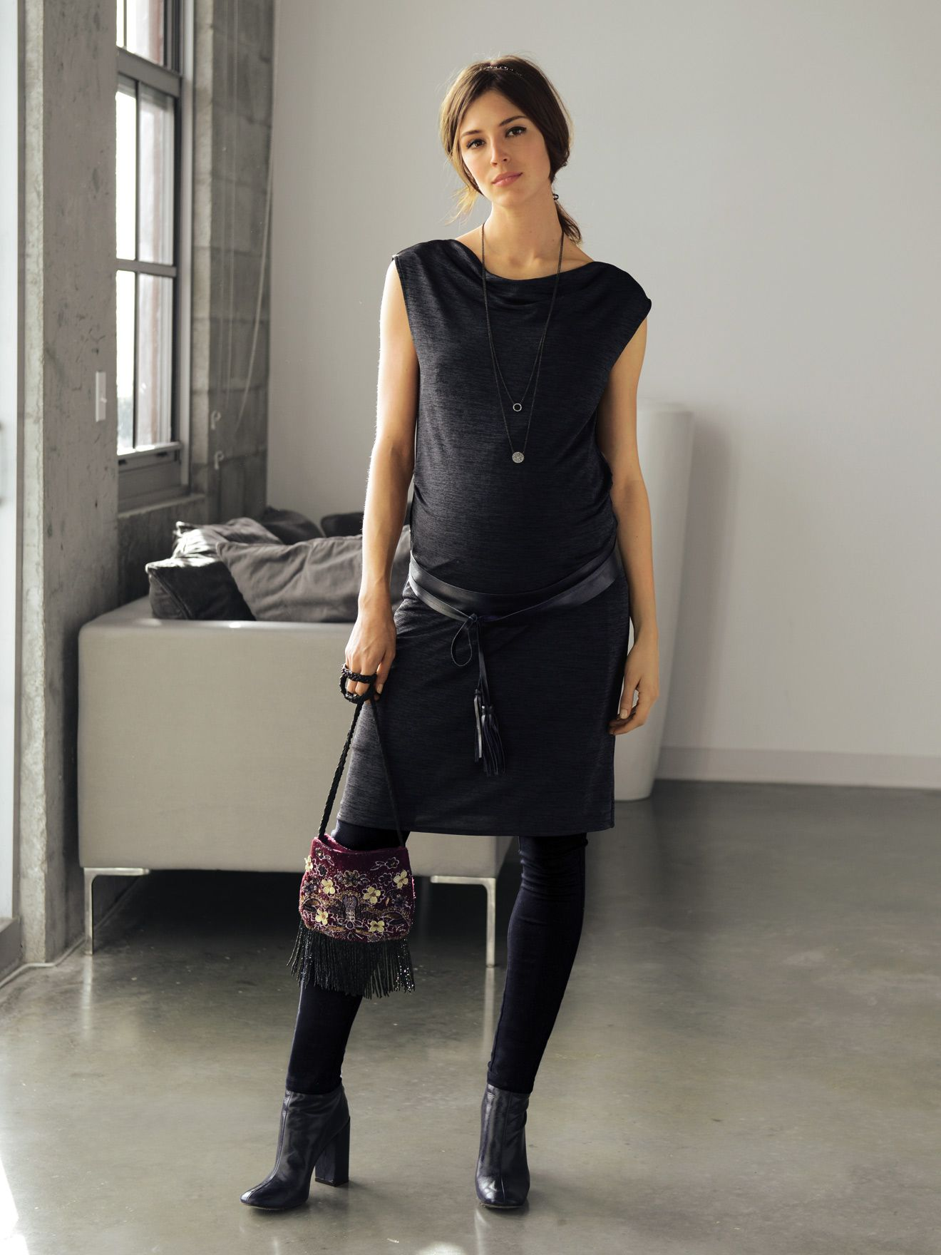 robe chic de grossesse gris fonc chin au royaume de l 39 l gance et du confort je demande une. Black Bedroom Furniture Sets. Home Design Ideas