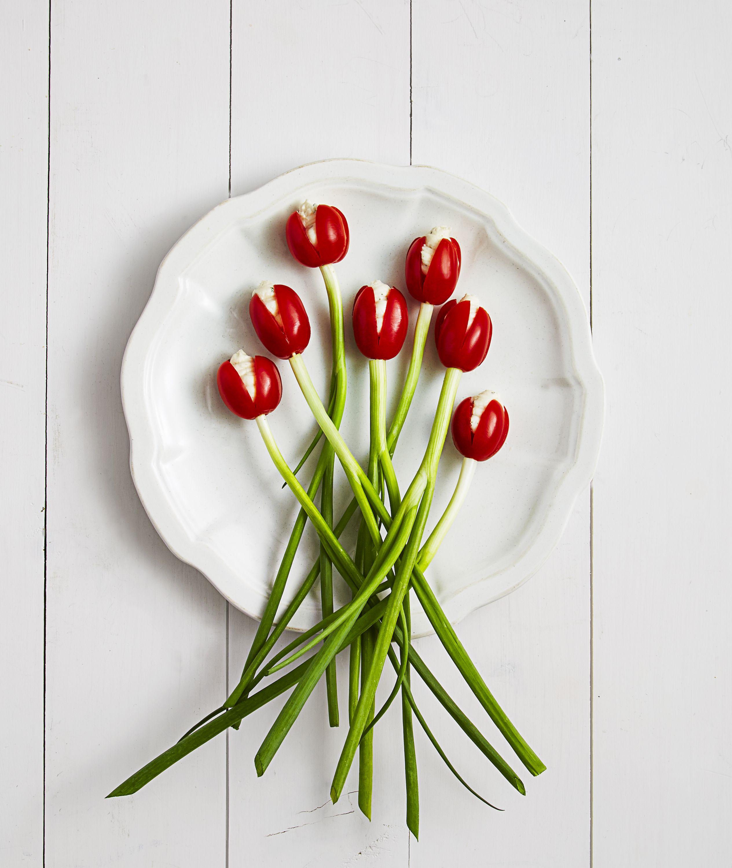 20 Ways To Make Your Food Look Like Flowers Easter Dinner Menus Easter Appetizers Easy Easter Dinner Recipes