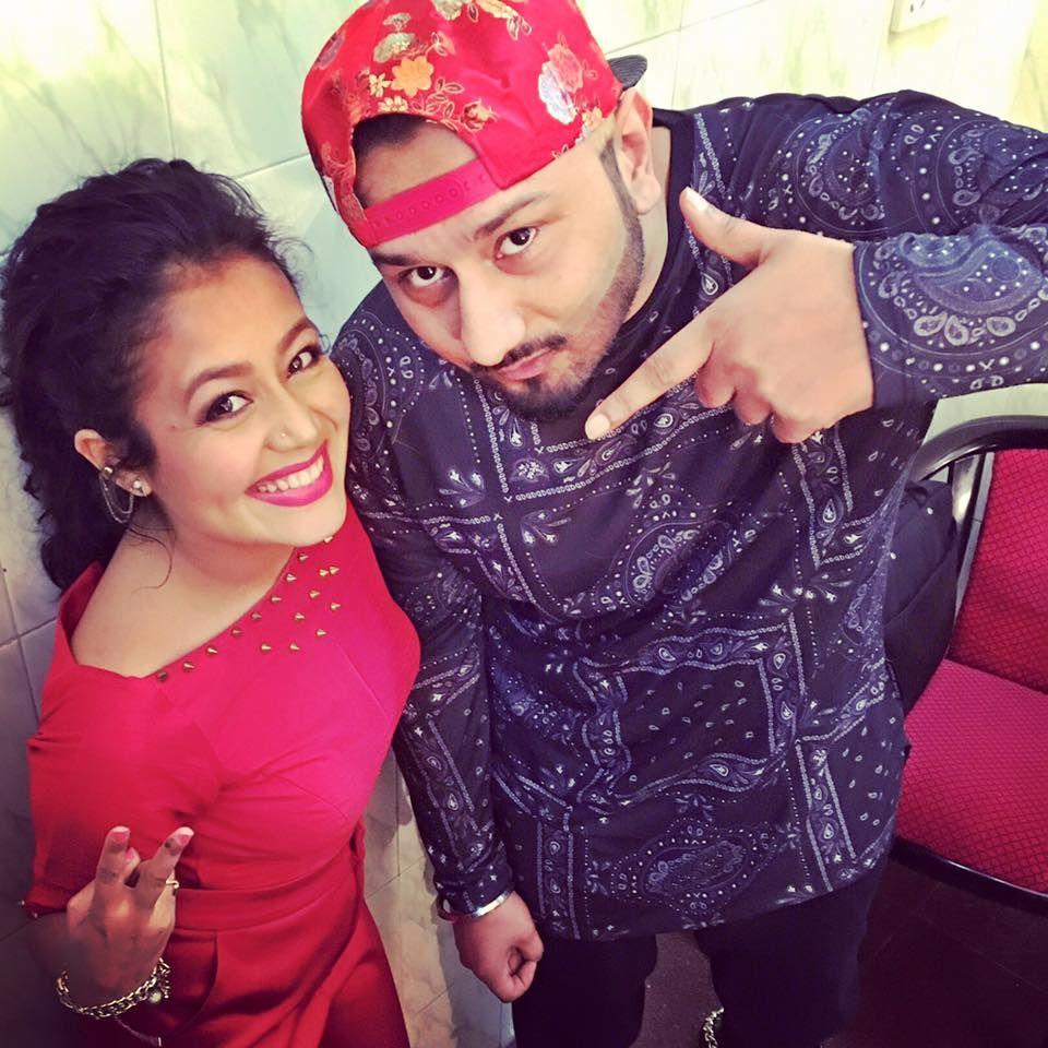 Neha Kakkar With Yo Yo Honey Singh Photo Yo Yo Honey Singh Neha Kakkar Bollywood Party