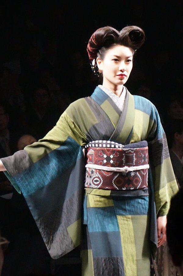 #JOTAROSAITO collection「GO BEYOND」2016 A/W #MBFWT #tokyofashion #kimonopower ✨